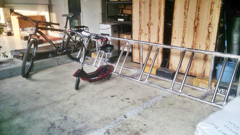 Tempat parkir sepeda stainless pesanan customer kami