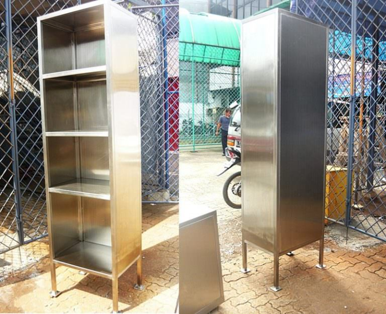 Lemari multifungsi stainless steel custom sesuai keinginan customer dengan rak 4 level
