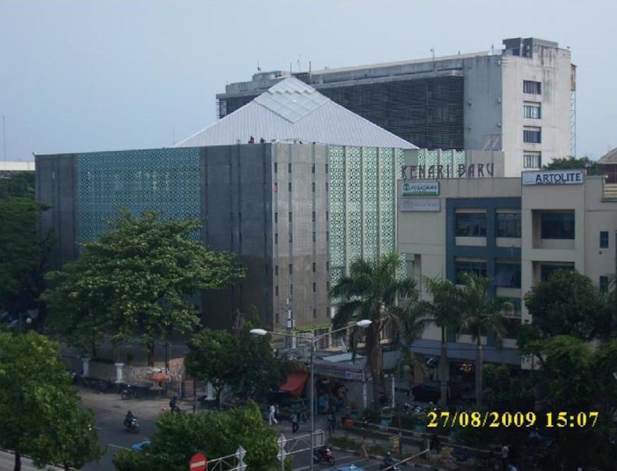 Masjid Arif Rahman Hakim Universitas Indonesia