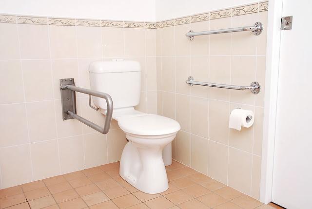 Handrail kamar mandi